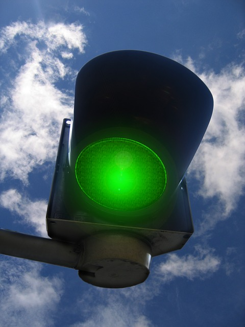 traffic lights 208253 640